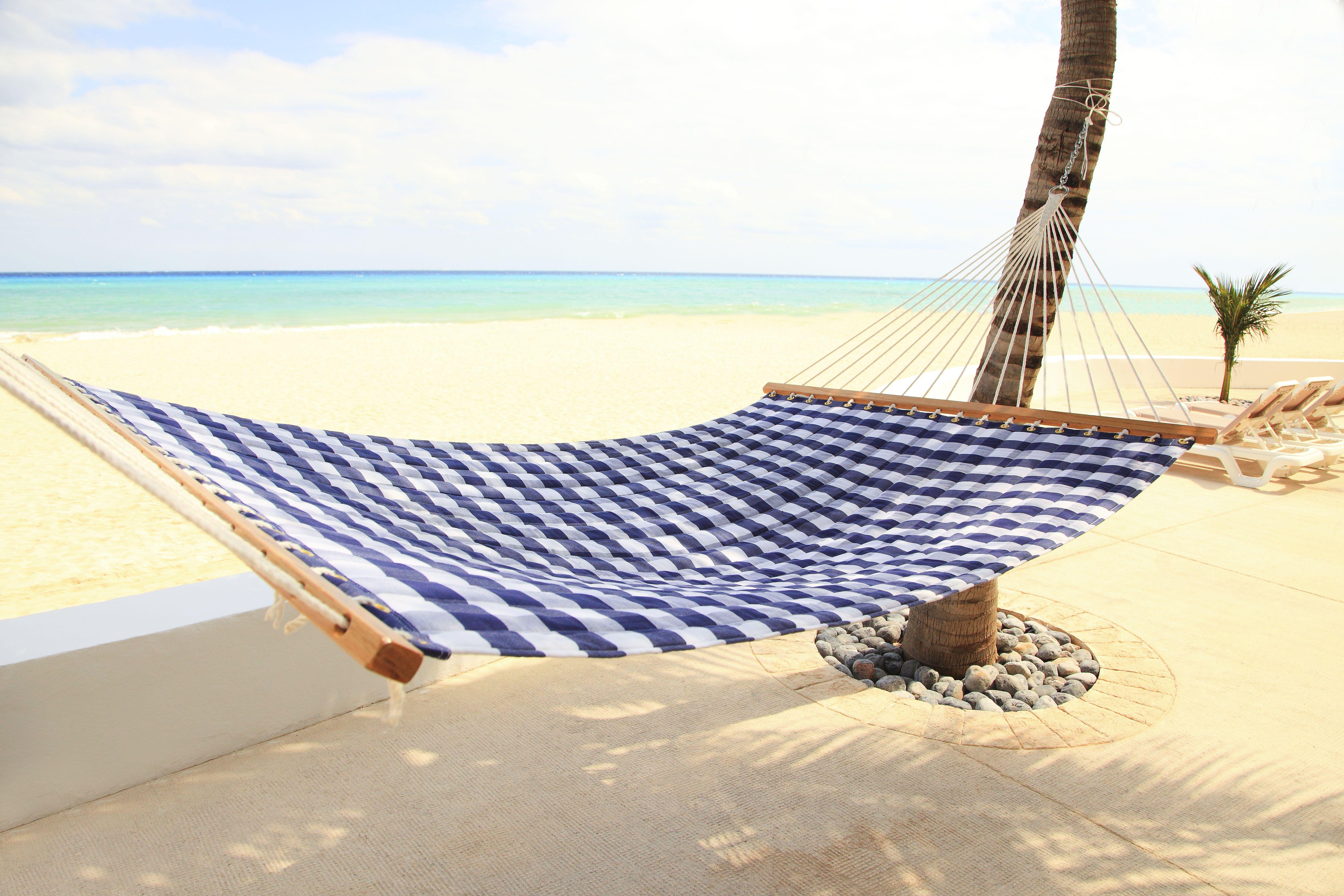 hammock | SLA Venture LLC – Hästens Dubai